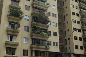 En Venta En Caracas - Terrazas del Avila Código FLEX: 18-2439 No.1