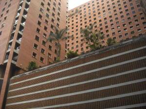 Apartamento En Ventaen Caracas, Sabana Grande, Venezuela, VE RAH: 18-2471