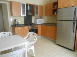 Apartamento En Venta En Caracas - La Urbina Código FLEX: 18-2476 No.3