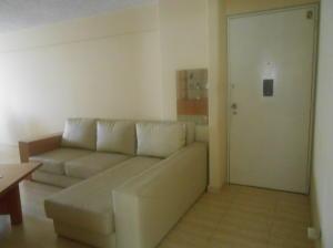 Apartamento En Venta En Caracas - La Urbina Código FLEX: 18-2476 No.12