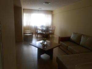 Apartamento En Venta En Caracas - La Urbina Código FLEX: 18-2476 No.13