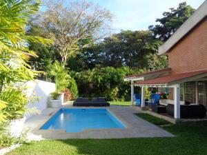 Casa En Venta En Caracas - Macaracuay Código FLEX: 18-2603 No.5