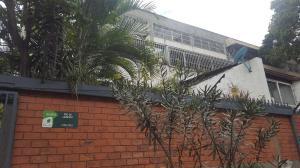 Apartamento En Venta En Caracas - Chuao Código FLEX: 18-2609 No.0