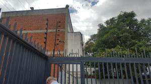Apartamento En Venta En Caracas - Chuao Código FLEX: 18-2609 No.17