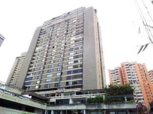 Apartamento En Venta En Caracas - Prado Humboldt Código FLEX: 18-2667 No.0