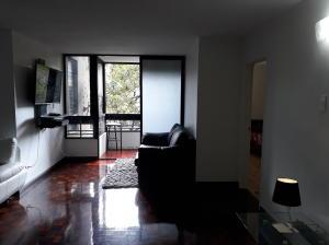 Apartamento En Venta En Caracas - Prado Humboldt Código FLEX: 18-2667 No.1