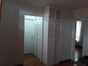 Apartamento En Venta En Caracas - Prado Humboldt Código FLEX: 18-2667 No.15