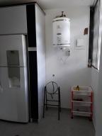 Apartamento En Venta En Caracas - Prado Humboldt Código FLEX: 18-2667 No.14