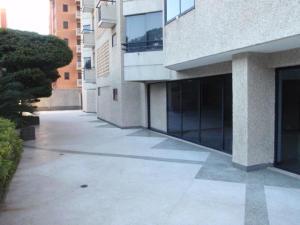 Apartamento En Venta En Caracas - El Rosal Código FLEX: 18-2778 No.3