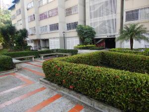 En Venta En Caracas - La Bonita Código FLEX: 18-2856 No.2