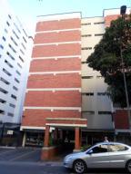 Apartamento En Ventaen Caracas, Los Palos Grandes, Venezuela, VE RAH: 18-2851