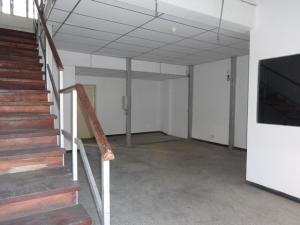 En Venta En Caracas - La Urbina Código FLEX: 18-4103 No.2