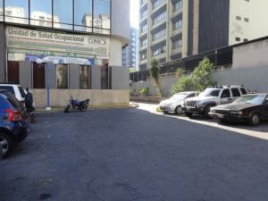 En Venta En Caracas - La Urbina Código FLEX: 18-4103 No.17