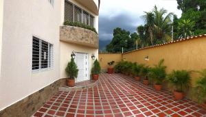Casa En Venta En Maracay - El Limon Código FLEX: 18-3068 No.1