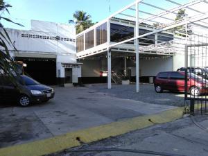 Galpon - Deposito En Venta En Maracay - La Barraca Código FLEX: 18-3427 No.1