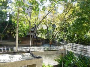 Apartamento En Venta En Caracas - La Florida Código FLEX: 18-3934 No.12