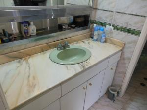 Apartamento En Venta En Caracas - La Florida Código FLEX: 18-3934 No.17