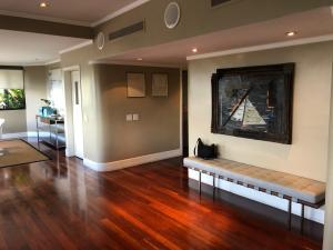 Apartamento En Venta En Caracas - Los Palos Grandes Código FLEX: 18-3578 No.1