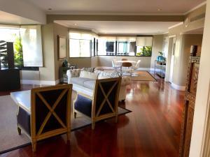 Apartamento En Venta En Caracas - Los Palos Grandes Código FLEX: 18-3578 No.2