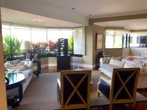 Apartamento En Venta En Caracas - Los Palos Grandes Código FLEX: 18-3578 No.3
