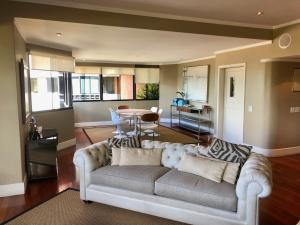 Apartamento En Venta En Caracas - Los Palos Grandes Código FLEX: 18-3578 No.4