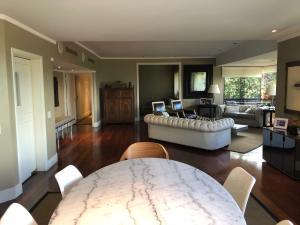 Apartamento En Venta En Caracas - Los Palos Grandes Código FLEX: 18-3578 No.7