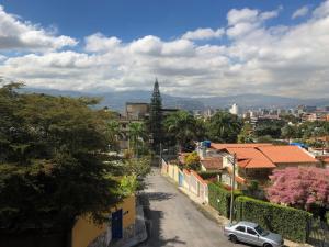 Apartamento En Venta En Caracas - Los Palos Grandes Código FLEX: 18-3578 No.8