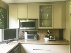 Apartamento En Venta En Caracas - Los Palos Grandes Código FLEX: 18-3578 No.11