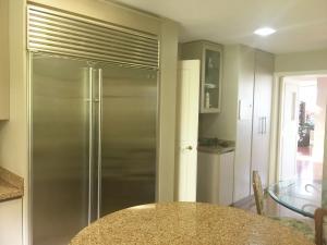 Apartamento En Venta En Caracas - Los Palos Grandes Código FLEX: 18-3578 No.13