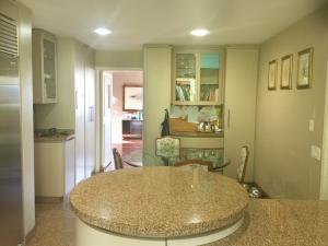 Apartamento En Venta En Caracas - Los Palos Grandes Código FLEX: 18-3578 No.14