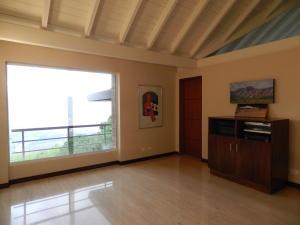 Casa En Venta En Caracas - Alto Hatillo Código FLEX: 18-3639 No.15