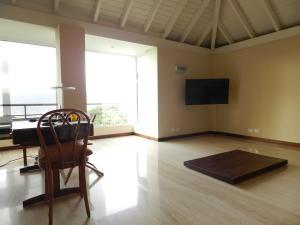 Casa En Venta En Caracas - Alto Hatillo Código FLEX: 18-3639 No.16
