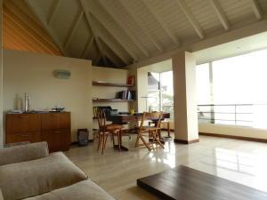 Casa En Venta En Caracas - Alto Hatillo Código FLEX: 18-3639 No.17