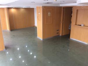 En Alquiler En Caracas - Altamira Código FLEX: 18-3676 No.4