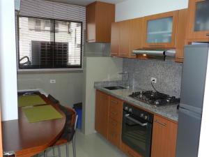 Apartamento En Venta En Caracas - Chacao Código FLEX: 18-3786 No.11
