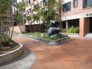 Apartamento En Venta En Caracas - Santa Paula Código FLEX: 18-3780 No.3