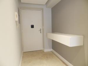 Apartamento En Venta En Caracas - Santa Paula Código FLEX: 18-3820 No.2