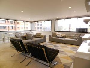 Apartamento En Venta En Caracas - Santa Paula Código FLEX: 18-3820 No.3