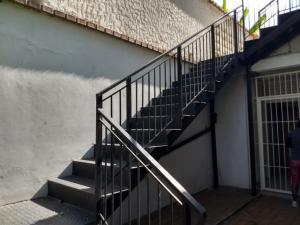 Casa En Venta En Caracas - La California Sur Código FLEX: 18-4070 No.13