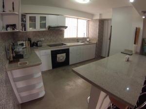 Apartamento En Venta En Caracas - El Cigarral Código FLEX: 18-3973 No.3