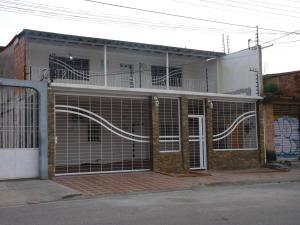 Casa En Venta En Palo Negro En La Croquera - Código: 18-4042