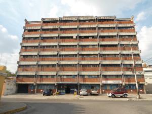 En Venta En Maracay - Calicanto Código FLEX: 18-4121 No.1