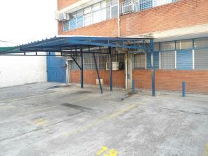 En Venta En Maracay - Calicanto Código FLEX: 18-4121 No.2