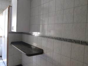En Venta En Caracas - Las Acacias Código FLEX: 18-4140 No.6