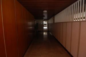 Apartamento En Venta En Caracas - La Florida Código FLEX: 18-4176 No.2
