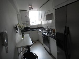 Apartamento En Venta En Caracas - La Florida Código FLEX: 18-4176 No.9