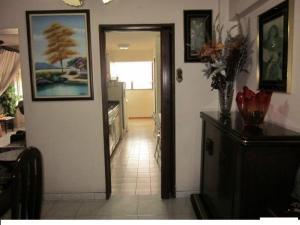 Apartamento En Venta En Caracas - Los Ruices Código FLEX: 18-4232 No.5