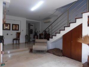 Townhouse En Venta En Maracay - Barrio Sucre Código FLEX: 18-4240 No.5