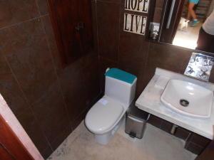 Townhouse En Venta En Maracay - Barrio Sucre Código FLEX: 18-4240 No.8