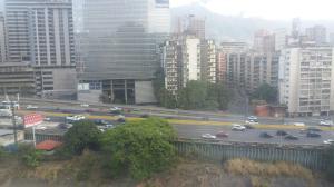 En Venta En Caracas - Colinas de Bello Monte Código FLEX: 18-4294 No.6